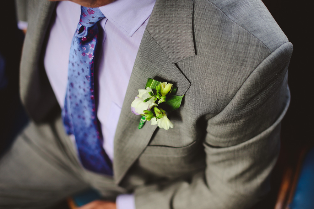 flowers at a wedding by love oh love photography