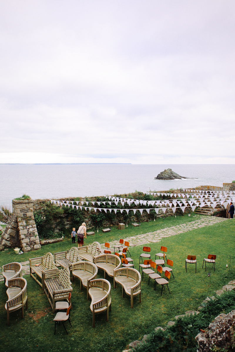 Outdoor wedding venue in England. Prussia Cove, Cornwall Wedding by Love Oh Love Photography