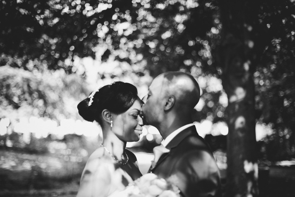 alternative bride and groom portrait by Love oh Love photography
